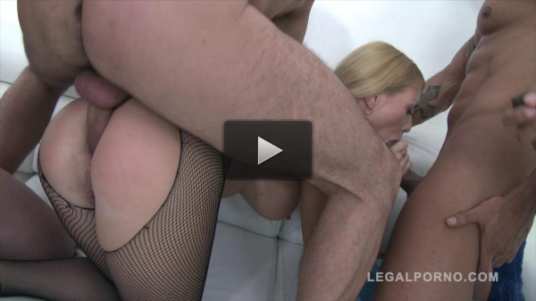 Isabella Clark in anal orgy with triple anal