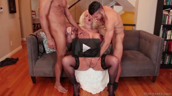 Alura Jenson, Gabriel Dalessandro, Dante Colle( Bi 3-Way: Gay Guys Seduce milf bbw! )