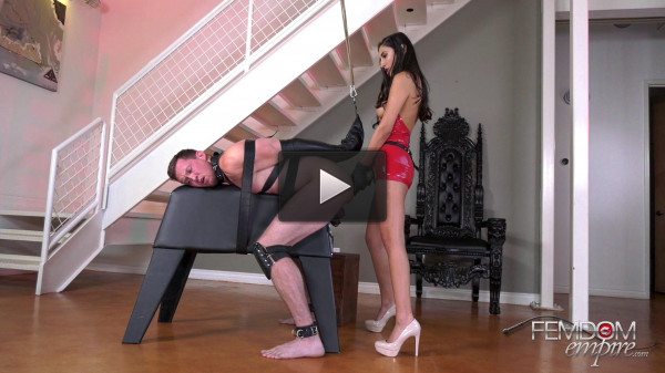 Gianna Dior Abused by Dick