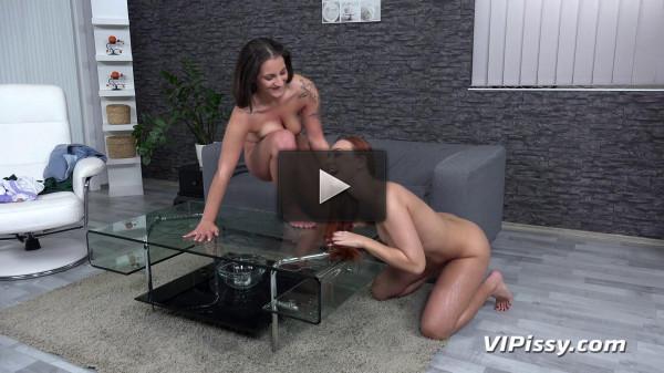 Sharing Piss Showers - FullHD 1080p
