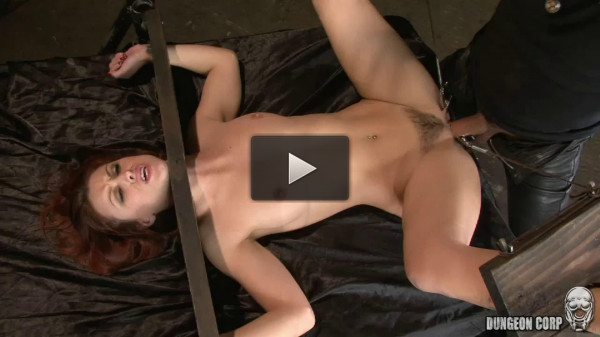 Tight bondage, strappado and torture for very sexy whore