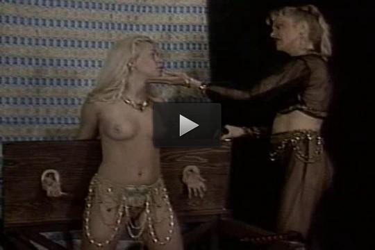 girl slave online - (Isadora Rose & Caressa Savage)