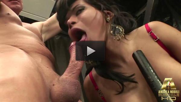 Sexy Tranny Daniela And A Horny