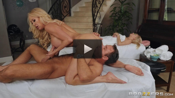 Mom Fucked the Masseur
