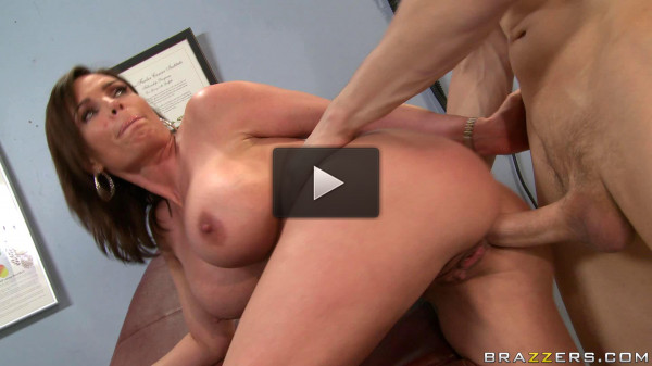 goo video huge tits husband (Playful Milf Is Ready To Sexual Treatment Of The Doctor).